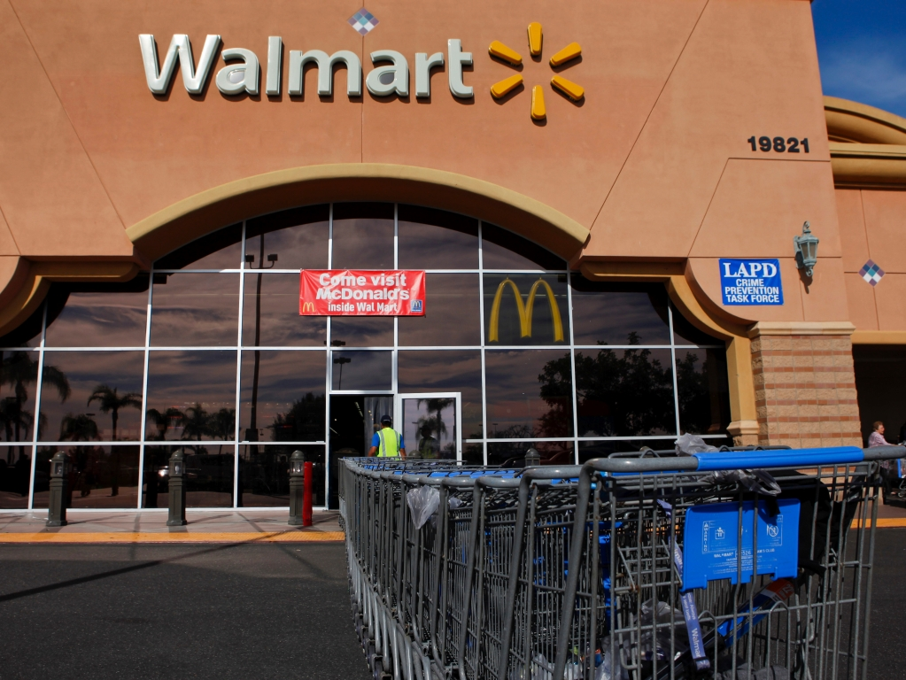 Walmart to pay $160 million to settle securities class