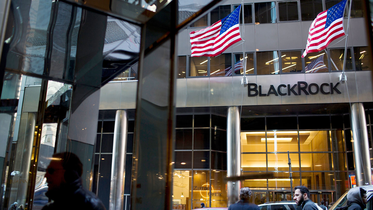 BlackRock is last bull on once-loved, now-vexed quant strategy