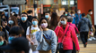 Outbreak of coronavirus paralyzes China's managers, who sit and wait