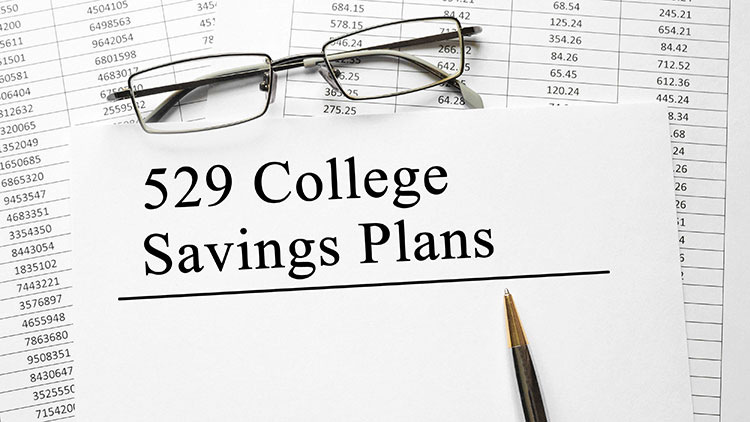 Fidelity to reduce fees on college savings plans