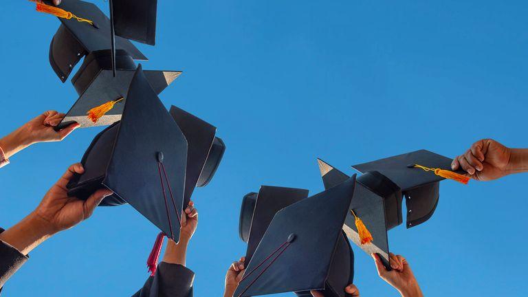 100 Women in Finance offers free memberships to university graduates