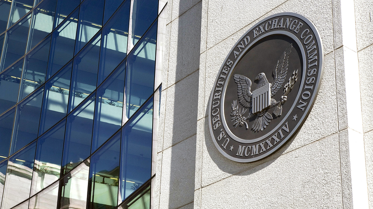 SEC finalizes rule to simplify variable annuity prospectuses