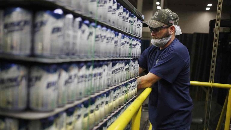 Anheuser-Busch stumbles in bid to have ERISA complaint tossed