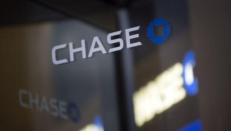 J.P. Morgan Chase agrees to $9 million settlement in 401(k) suit