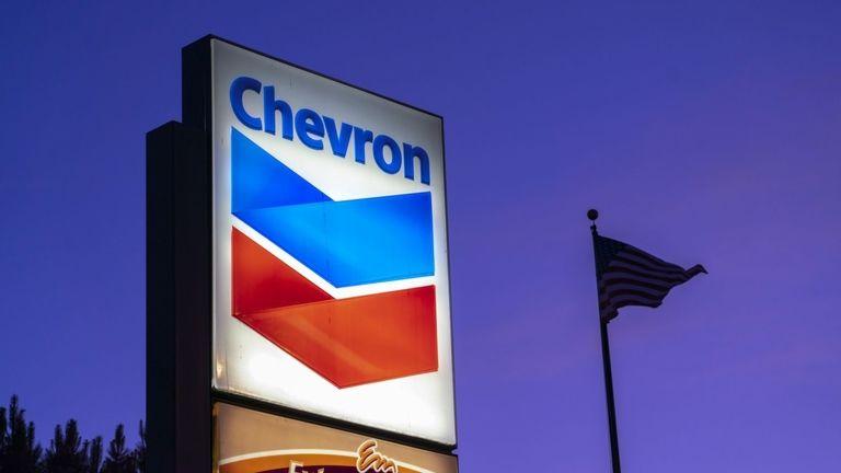 Shareholders urge Chevron, Exxon to report climate change health risks