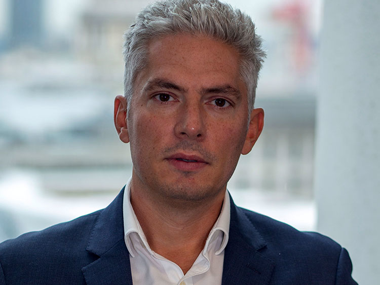 Schroders hires deputy head of credit for Europe