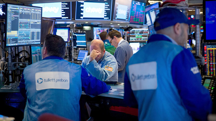 Buy-side traders sink as commission pools drain – report