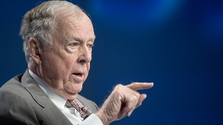 T. Boone Pickens, oilman turned raider turned trader, dies at 91