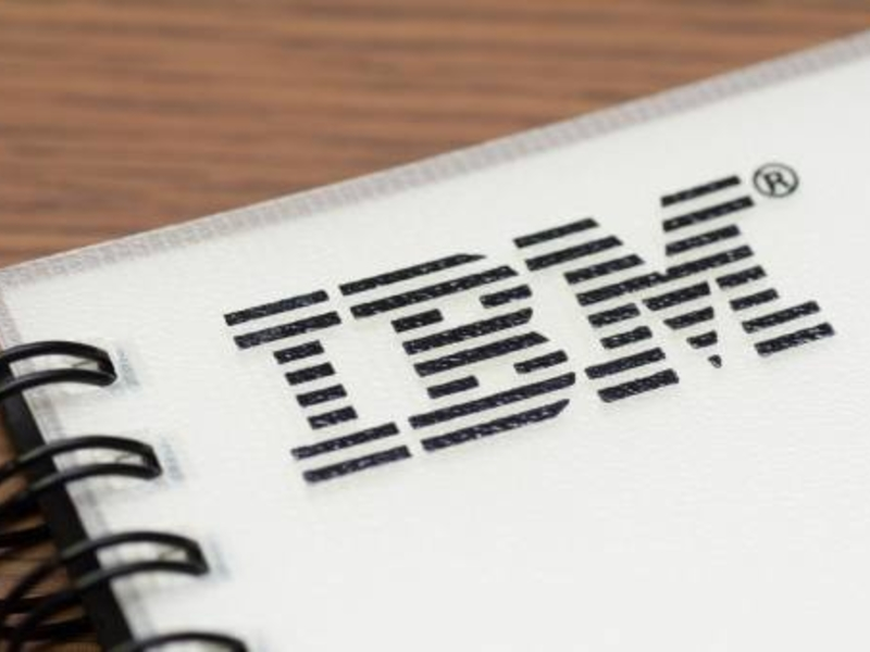 IBM shareholders narrowly approve executive compensation