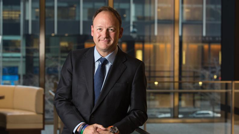 J P  Morgan Asset Management CEO to retire